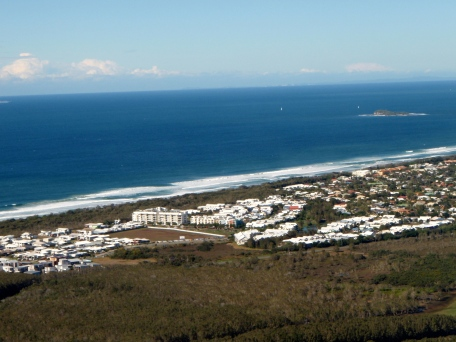 Looking to the Pacific Ocean from the top of Mt Coolum